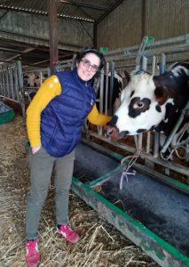 Elodie Dubut et une vache